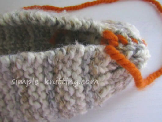 seaming knitted slippers