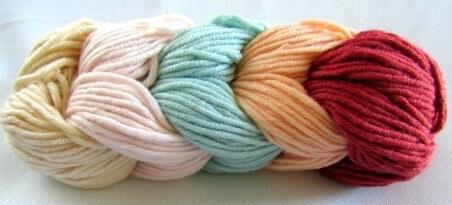 yarn used for marina cowl pattern
